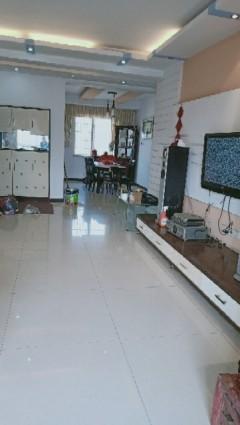 3室2厅3卫170m²