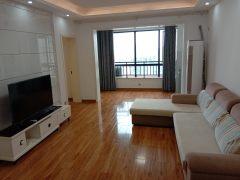 大小河街对面三一翡翠湾精装大三房低价出售