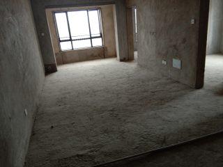 三一翡翠湾大3室77万出售