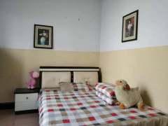 1室1厅1卫1200元/月57m²简单装修出租
